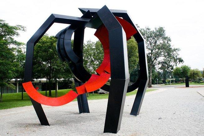 Aranha, obra de Emanuel Araújo