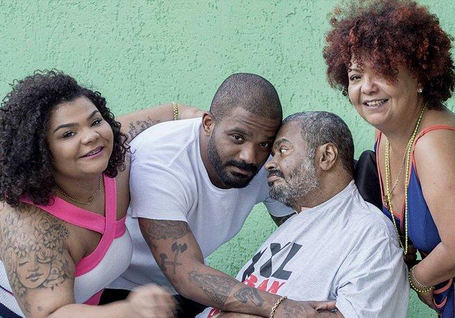 Arlindo Cruz, Barbara Cruz e os filhos Arlindo e Flora