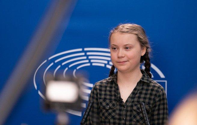 retrato de Greta Thunberg