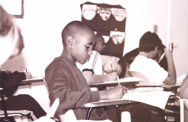 Registro de Ícaro na escola.