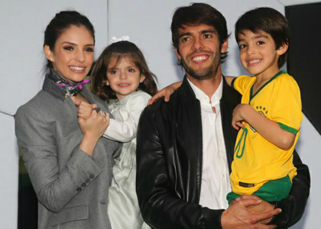 Kaká, Carolina Celico e os filhos Luca e Isabella