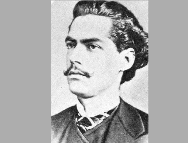 poetas brasileiros essenciais