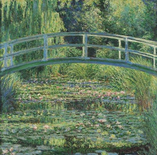 Ponte Sobre Uma Lagoa de Lírios de Água