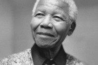 Quem foi Nelson Mandela? 13 momentos marcantes da biografia do líder antiapartheid