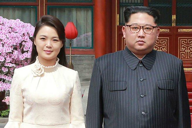 O casal Kim Jong-un e Ri Sol-Ju
